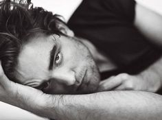 Robert Pattinson. Maybe you know him by the name Edward Anthony Cullen