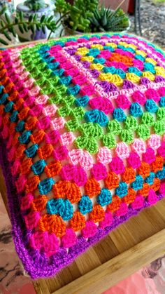Colores Crafty, Embroidery, Blanket, Knitting, Color, Mantle, Cushions, Sacks, Tricot