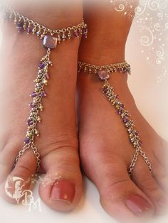 These beautiful barefoot sandals are made using Sterling Silver chain and faceted Amethysts and purple Pearls. Fun accessory for the beach Wire Wrapped Jewelry, Beaded Jewelry, Fantasy Jewelry, Bare Foot Sandals, Toe Rings, Ankle Bracelets, Pearl Beads, Anklets, Barefoot
