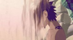 We need more Sasuke fan service Kishi. Dat hair  And I really miss his  curse mark. #uchiha #sasuke