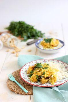 Curry de courge butternut rôtie au lait de coco, à la coriandre et aux noix de cajou - Déliacious : pâtisserie, cuisine vegetarienne et vegetalienne