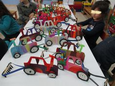 ΣΠΟΡΑ-ΤΡΑΚΤΕΡ 1Α Autumn Crafts, Tractors, Fun Crafts, Baby Strollers, Classroom, Education, Toys, School