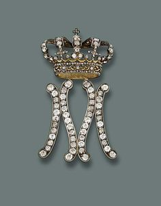 Queen Maria Jose of Italy - 1930's - A Lady-in-Waiting Badge - by Musy, Turin - Christie's