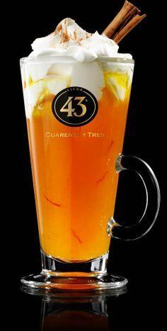 50 ml Licor 43 150 ml appelsap 1 kaneelstokje ½ theelepel kaneelpoeder. Heeeeerlijk!!