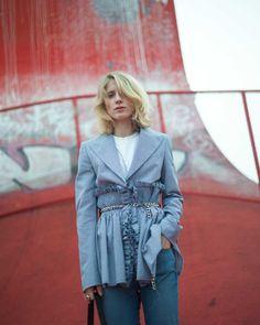 #LauraTønder in @ivycopenhagen  Johanna Kick flare jeans #ivycopenhagen #iamivy #beivy #jeans #denim #styling #Copenhagen #couturekulten