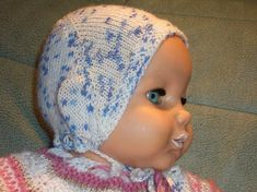 Designerin: eine sehr praktische Neugeborenen-Mütze, die ganz einfach zu stricken ist. Eine Erstlingsmütze, die man aber auch gut etwas vergrößern kann und auch für ein Baby von 6 Monaten nutzen ka...