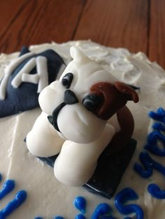Fondant dog by Luneta C. Fondant Dog, Fondant Animals, Christening Cakes, Cake Stuff, Cake Decorating, Drink, Dogs, Party, Desserts