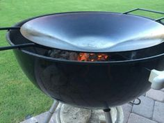 Charcoal Smoker - There's Nothing Like Food Done the 'Smoked' Way Grill Outdoor, Outdoor Cooking, Outdoor Dining, Paella, Weber Charcoal Grill, Weber Grill Accessories, Flat Top Grill, Weber Kettle, Bbq Pitmasters