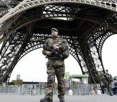पेरिस के एक हमलावर की हुई पहचान   UMH NEWS INDIA