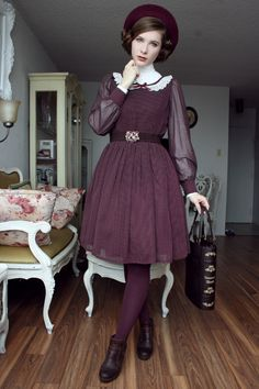 Colour series: Burgundy and ivory (once again, I...