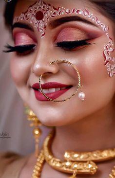 Bengali Bridal Makeup, Bridal Eye Makeup, Bridal Makeup Looks, Bride Makeup, Indian Wedding Bride, Indian Wedding Makeup, Bengali Wedding, Indian Makeup, Beautiful Indian Brides