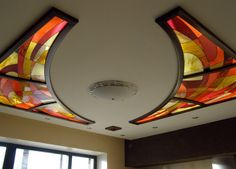 Stained glass in ceiling Stained Glass Mirror, Modern Stained Glass, Stained Glass Projects, Leaded Glass, Mosaic Glass, Fused Glass, Glass Ceiling, Light Fittings, Ceiling Design