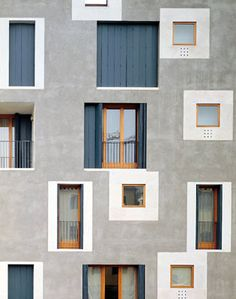 Cinno Zucchi - ex-Junghans residential building D, Venice Part of a larger complex on the site of a former industrial complex at the intersection of two canals on La Giudecca island. Via, photos. Facade Architecture, Residential Architecture, Contemporary Architecture, Colour Architecture, Architecture Portfolio, Residential Windows, Residential Complex, Facade Design, Exterior Design
