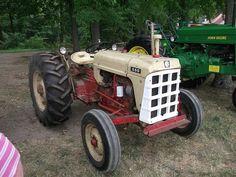Cockshutt 550 tractor