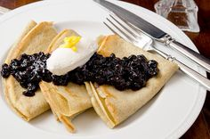 Gluten Free Crepes & Blueberry Compote A delicious gluten free crepe topped with blueberry compote and vanilla maple whipped cream. A true breakfast delight. Crepe Recipes, Brunch Recipes, Breakfast Recipes, Breakfast Ideas, Easy Recipes, Crepe Maker, Blueberry Compote, Savory Crepes, Dried Blueberries