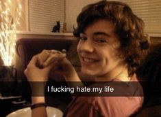 Harry Styles Memes, Harry Styles Cute, Harry Styles Pictures, One Direction Humor, One Direction Pictures, I Love One Direction, Larry, Response Memes, I Hate My Life