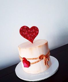 S cake by couture cakes by olga cakes & cake decor Cake Decorating Frosting, Cake Decorating Designs, Creative Cake Decorating, Birthday Cake Decorating, Cake Decorating Supplies, Valentines Baking, Valentines Day Cakes, Aniversary Cakes, Rodjendanske Torte