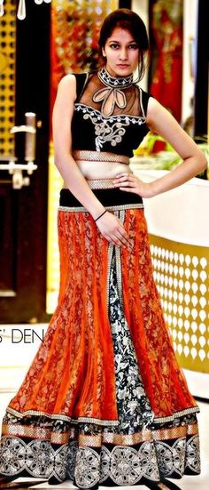 #StylishLehengaforengagement #LehengaGownDress #Partywearlehengaonlinebuy #StylishwesternLehengaonline  Maharani Designer Boutique  To buy it click on this link http://maharanidesigner.com/Anarkali-Dresses-Online/lehenga-online/ Rs-16000. Fabric-Printed ( Lehenga ) & Blouse ( Velvet)  Tilla work. For any more information contact on WhatsApp or call 8699101094 Website www.maharanidesigner.com