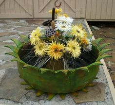Charming DIY Ideas How to Reuse Old Tires, YES an old tire!!
