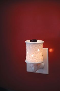 Fizz Plug-in warmer has a matching Full-size warmer too!  marykae.scentsy.us  m