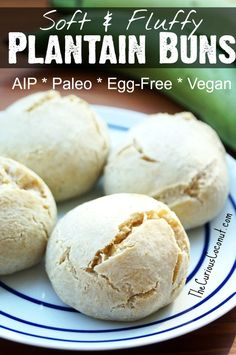 Soft, Fluffy Plantain Buns with Grated Green Plantain (AIP, Paleo, Vegan, Egg Free) Paleo Snack, Paleo Baking, Paleo Vegan, Vegan Egg, Paleo Breakfast, Paleo Dinner, Breakfast Waffles, Breakfast Cups, Paleo Meals