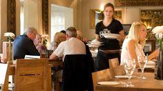 Εργασία σε εστιατόρια στην Αθήνα με τη Ready2hire. Μάθετε περισσότερα στο http://www.ready2hire.com/