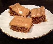 Recipe Anzac Slice by Christie Plunkett - Recipe of category Baking - sweet Coconut Oatmeal, Baked Goods, Sweet Recipes, Biscuits, Sweets, Baking, Desserts, Cakes, Thermomix