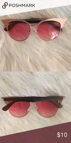 Sunglasses Perfect condition-Never Worn Accessories Sunglasses