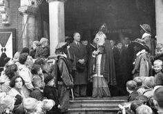 Ontvangst Sinterklaas en Pieten 1951 te Zeist