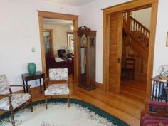 1904 Queen Anne – Niles, MI – $349,900 | Old House Dreams