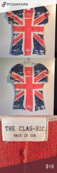 Union Jack Tee Union Jack knitted tee. Size medium but runs small. The Clas-sic Tops Tees - Short Sleeve