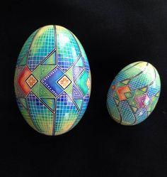 "Mark Malachowski Pysanky, Ukrainian Easter Egg ""Goose and chicken egg"" http://www.markemalachowski.com/"