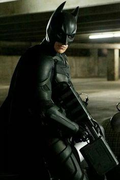 Christian Bale as Bruce Wayne/Batman - Page 151 Batman The Dark Knight, The Dark Knight Trilogy, Batman Dark, The Dark Knight Rises, Im Batman, Superman, Funny Batman, Batman Christian Bale, Hero Marvel