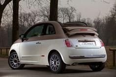 brown-beige Fiat 500c (limited edition). Ááá: Zoénak, Sunnynak és nekem pont elég is lenne :))