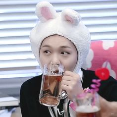 비투비 이창섭♡고화질/사진/움짤모음 3탄 : 네이버 블로그 Btob Changsub, Im Hyunsik, Yook Sungjae, Lee Minhyuk, Face Aesthetic, Smooth Face, Rap Lines, Korean People, Tumblr