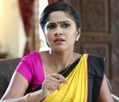 Beautiful Indian Actress, Beautiful Saree, Indian Teen, India Beauty, Indian Actresses, Beauty Women, Desi, Housewife, Hot