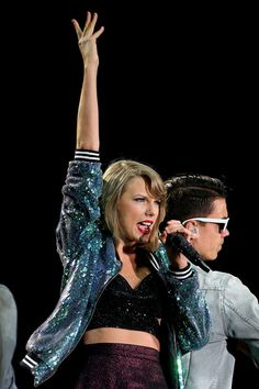 Taylor Swift Photos - Taylor Swift '1989' World Tour - Melbourne - Zimbio