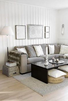 I love the coffee table with extra floor pillows underneath--IKEA
