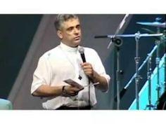 Tributo ao Padre Léo da Comunidade Bethânia - Homenagem da Canção Nova