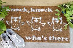 Personalize Your Entryway With a DIY Doormat