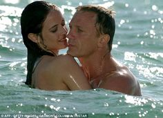 Pin for Later: The Best of the Bond Girls: From Casino Royale to Spectre Eva Green Eva smoked up the screen as Vesper Lynd in the 2006 James Bond film Casino Royale. Eva Green Casino Royale, James Bond Casino Royale, Best Bond Girls, James Bond Girls, James Bond Movies, Daniel Craig James Bond, Craig 007, Metro Goldwyn Mayer, Judi Dench