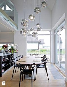 Jadalnia, styl nowoczesny - zdjęcie od DOMY Z WIZJĄ - nowoczesne projekty domów Kitchen Dining Living, Dining Table, Courtyard House Plans, Beach House Decor, Home Decor, Industrial Interiors, Modern House Design, My Dream Home, Living Room Designs