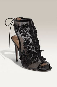 Many modern brides prefer cooler temps over sunny summer days to wrap up for their wedding day. 45 Gorgeous Halloween Wedding Shoes Inspiration Ideas For a Spooky Big Day. Bootie Boots, Shoe Boots, Gothic Wedding, Dream Wedding, Gothic Fashion, Wedding Shoes, Wedding Dresses, Wedding Accessories, Black Shoes