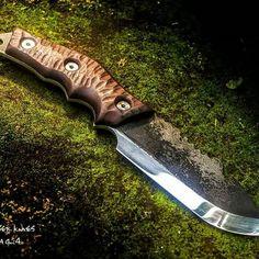 #sashakrauser #peacefullplace #teamzulu #974island #iledelareunion #gotoreunion #ileintense #ReunionIsland #nature #naturelovers #islandlife #montain #primitive #primal #outdoor #camping #hiking #wood #scandivex #scandiknife #islandvibes #estrela #bushcraft #knives #huntingknife #knifemaker #customknives #knifeporn #survivaltools