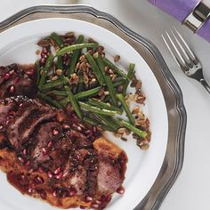 - Dinner is served: NYE Roast Duck Breasts with Pomegranate-Chile Sauce and haricots verts, a luxurious main course for a special night Goose Recipes, Duck Recipes, Salad Recipes, Hanukkah Food, Hanukkah Recipes, Hannukah, Roasted Duck Breast, Cooking Green Beans, Roast Duck