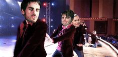 This gif is just too funny!!!! Look what the hiatus is doing to this fandom XD