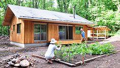 日本の木と土と自然素材で家をつくる工務店アトリエデフ。人に環境にやさしい家づくりと同様に、自然環境とともに生きる古き良き暮らしを現代に伝え、新しい住まいにあわせた暮らしづくりまでをサポートします。