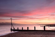 Winter Colours - Hayling Island, Hampshire, England Places To Travel, Places To Visit, Hampshire Uk, British Seaside, Sunset Colors, Winter Colors, Portsmouth, Holiday Destinations, Beach Trip