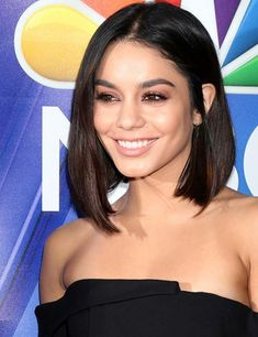 30 Stunning Hairstyles For Diamond Faces: Since it is a unique face shape, styling your hair for it might seem hard. But here are a few hairstyles worn by the stars themselves to help you. Heart Shaped Face Hairstyles, Face Shape Hairstyles, Long Bob Hairstyles, Hairstyles For Diamond Face, Office Hairstyles, Anime Hairstyles, Stylish Hairstyles, Hairstyles Videos, Hairstyle Short