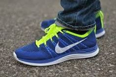 ~~Super website for Men and Women Nike running shoes only 21 dollars for gift,Press picture link get it immediately! Chaussettes Nike Elite, Best Sneakers, Sneakers Nike, Girls Wearing Jordans, Best Basketball Shoes, Discount Nike Shoes, Colorful Sneakers, Nike Elite Socks, Zapatos